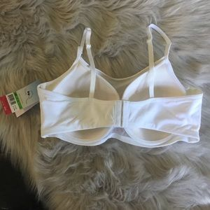 da8f8bf705 SPANX Intimates   Sleepwear - Spanx Cami Bra Size 38B White NWT
